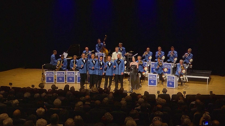 A Tribute to Glenn Miller & The Army Air Force Orchestra